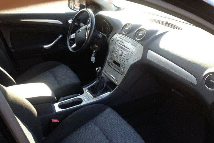 Ford Mondeo, 2,0 145 Ambiente, Benzin