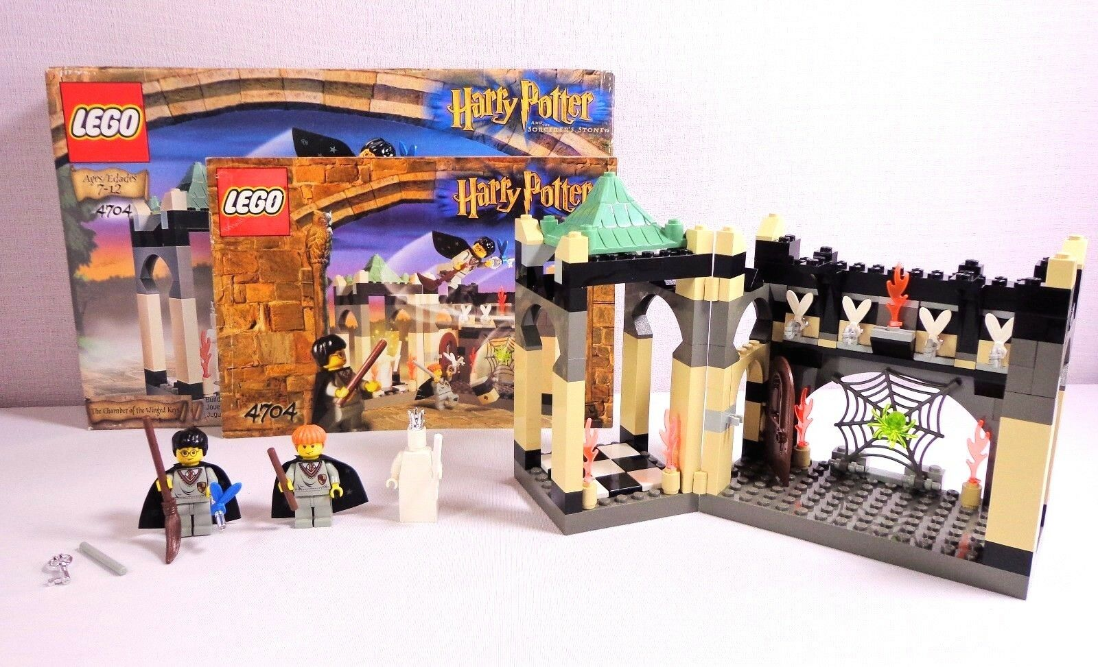 Lego Harry Potter Set 4704 The Chamber Room of the Winged Keys Complete with Box