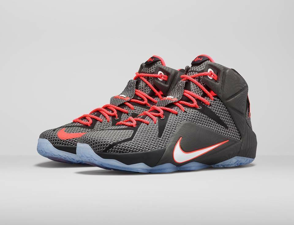 NIKE LEBRON XII COURT VISION MEN SIZE 10 NEW WITHOUT BOX