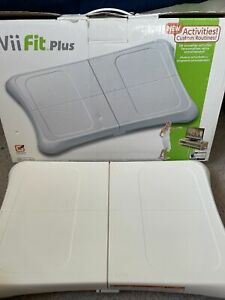 Nintendo Wii Fit Plus Balance Board Exercise Fitness w/Original Box (2009)