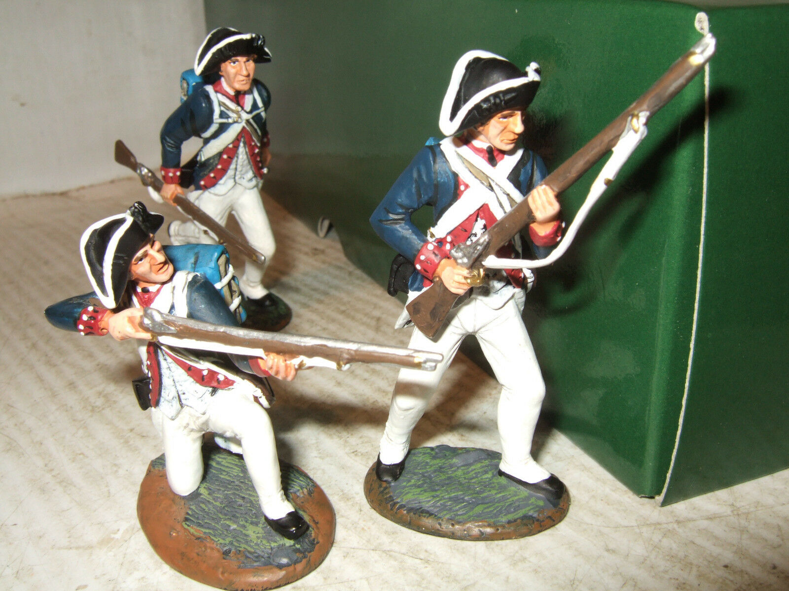King & Country AR10 American Revolution,1776, 3 American blueecoats  1 30