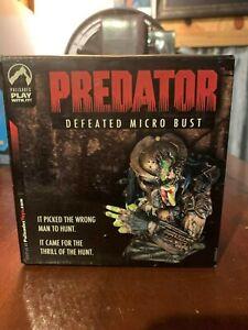 Predator-Defeated-Micro-Bust-2005