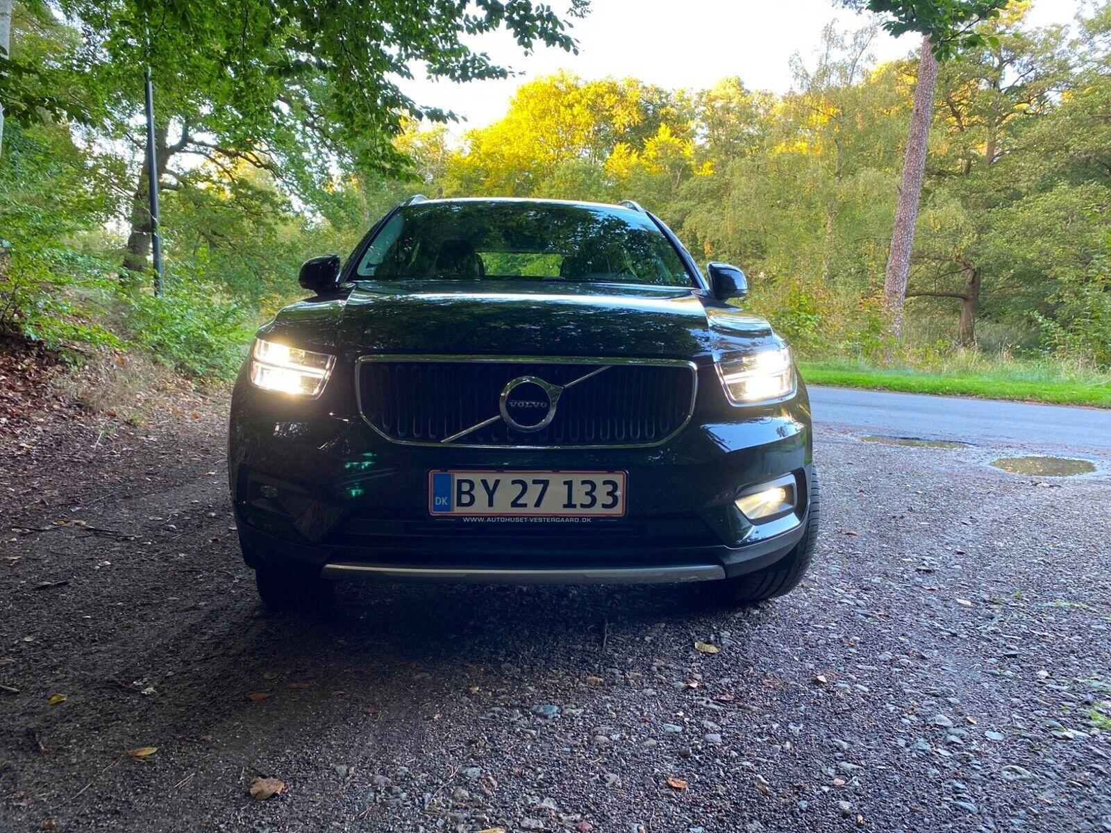 Volvo XC40 2,0 T5 247 Momentum aut. AWD 5d - 475.000 kr.