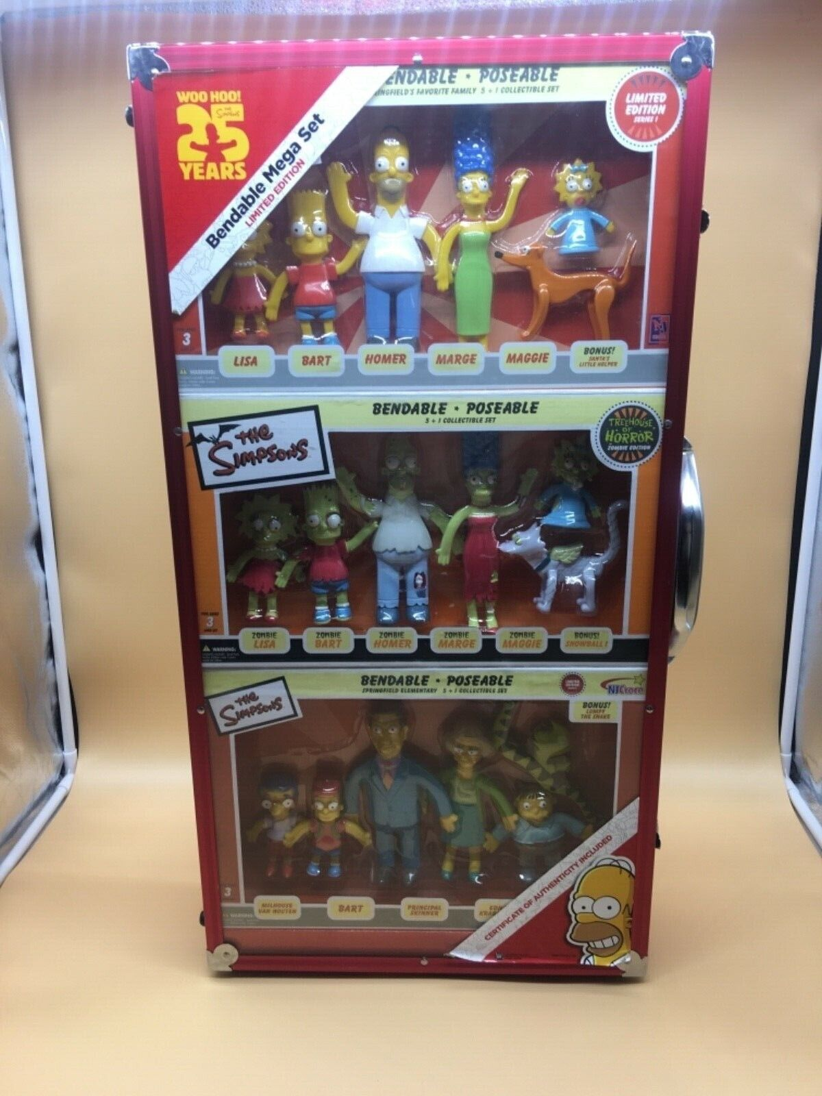 SIMPSON 25TH ANNIVERSARY MEGA SET BENDABLE FiguraS 1000 PCS LIM. ED. 68 X 38 CM