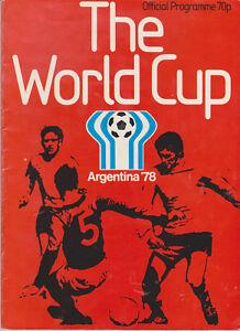 Official Tournament Programme / Programma FIFA World Cup 1978 Argentina - Zeist, Nederland - Staat: Tweedehands : Een object dat al eerder is gebruikt. Het object kan tekenen van cosmetische slijtage vertonen, maar werkt naar behoren. Dit object kan een showroommodel zijn of een object dat aan de verkoper geretourneerd is nadat - Zeist, Nederland