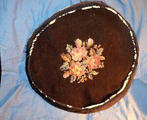 VTG-Round-NEEDLEPOINT-PILLOW-Cover-3-Roses-Leaves-Center-14