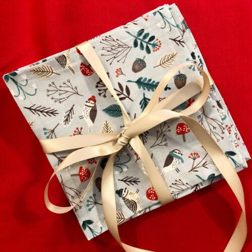 Handmade NEW Set of 6 Fabric Christmas Winter Birds Cocktail Napkins