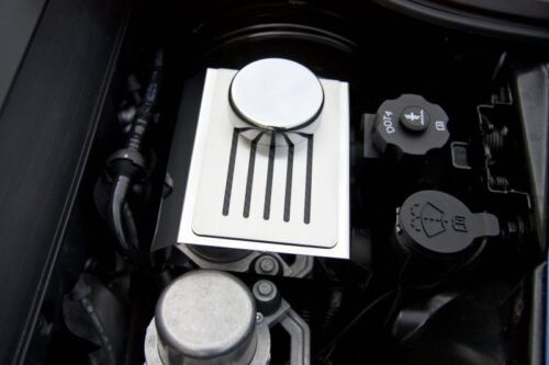 C7 Corvette 2014 Auto Brake Master Cylinder Cover w// Ribbed Slots