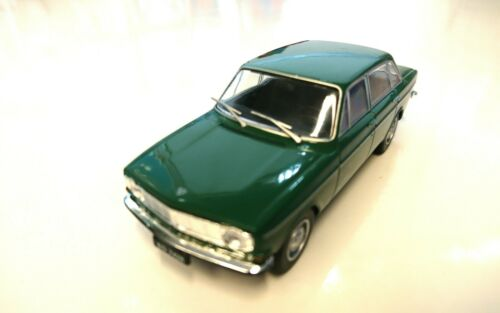 VOLVO 144-1:43  AUTO DIECAST IXO P153 IST LEGENDARY CAR