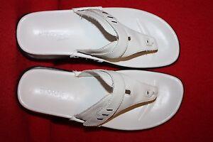 Madeline-Stuart-Slide-Women-039-s-Sandal-Size-8