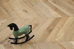 Oak-Chevron-Brushed-UV-Oiled-Flooring-90X18-4MM-SR1802-Wood-Floor