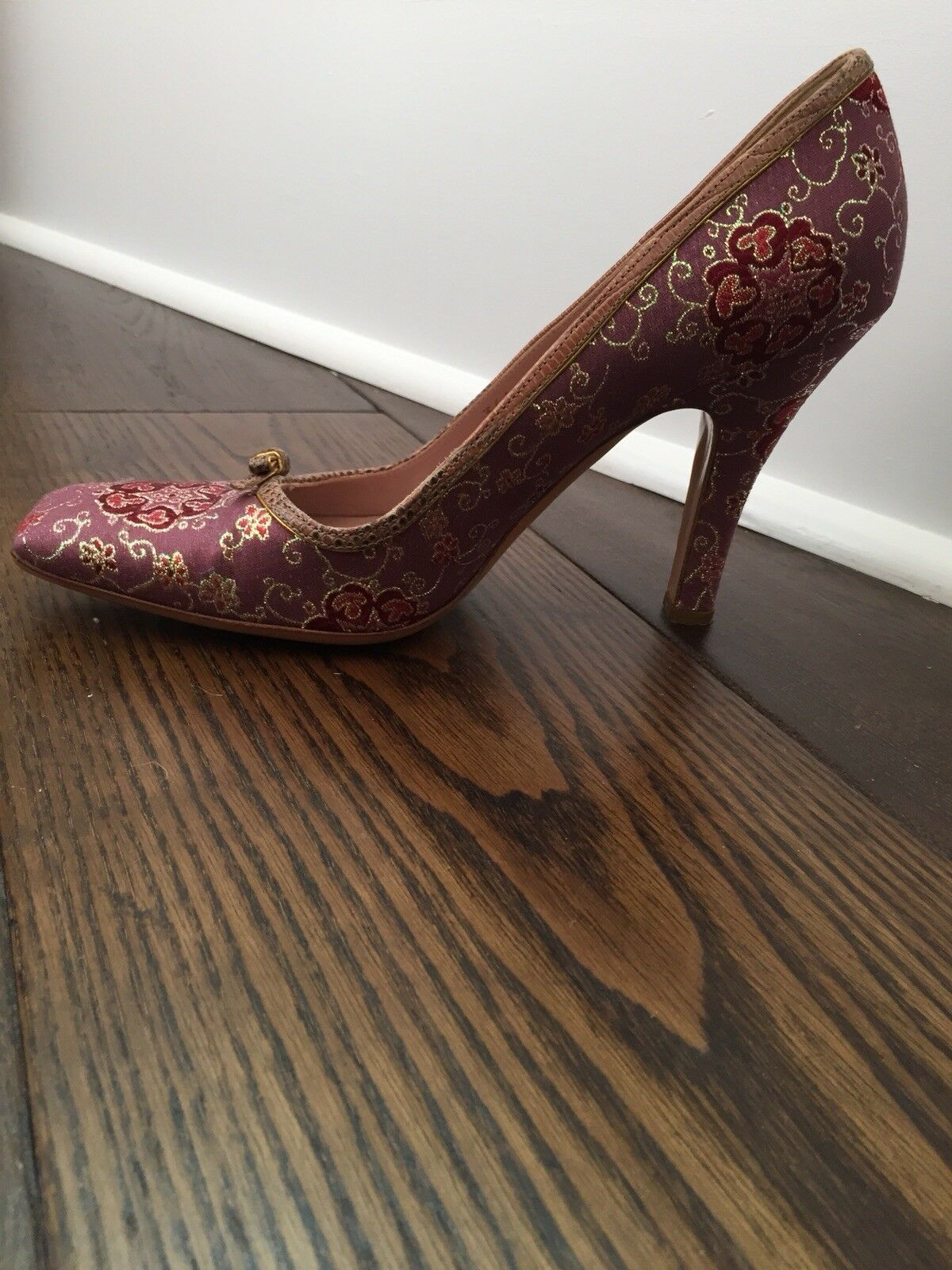 Prada Brocade & Leather Pumps Taille 8 femmes pre-owned in excellent condition