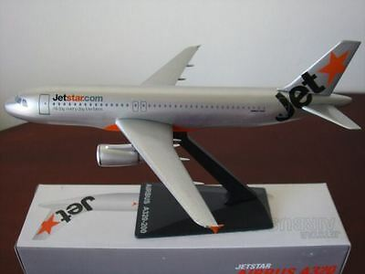 1/200 Jet star Airbus A320-200 airplane Model