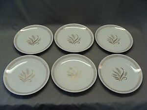 Image is loading 6-Vintage-Off-White-Dinner-Plates-With-Gold- & 6 Vintage Off White Dinner Plates With Gold Wheat Pattern | eBay