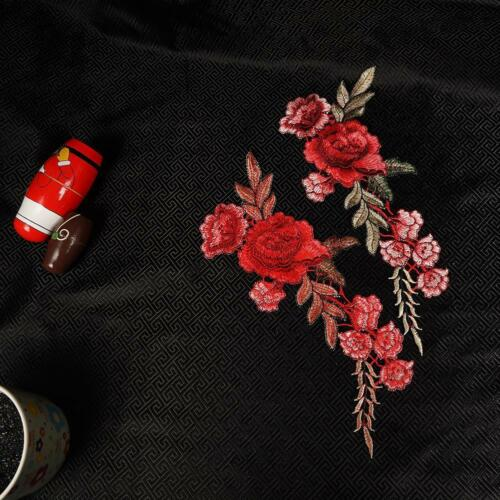 2Pcs//Set Embroidery Red Rose Flower Sew Iron Badge Clothes Fabric Applique