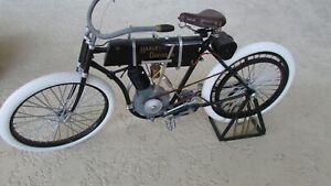 1903-04-Harley-Davidson-Motorcycle-large-1-6-scale-Xonex-1st-model-handmade-13-034