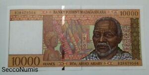 Madagascar. 10 000 francs ND (1995) Pick 79b UNC/NEUF