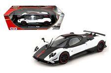 Motor Max 1/18 Scale Pagani Zonda 5 Cinque Diecast Car Model Black & White