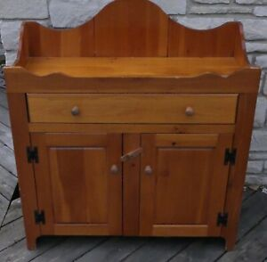 Details About S J Bailey And Sons Mastercraft Furniture Hutch Wooden Pioneer Rustic