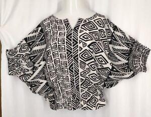 CHICOS-Sz-1-Womens-Black-White-Blouson-Waist-Dolman-Sleeved-Shirt-Top-Blouse-M