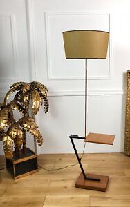 LAMPE-SUR-PIED-LAMPADAIRE-DESIGN-DES-ANNEES-70-EN-BOIS-ET-METAL-DORE-145CM-H