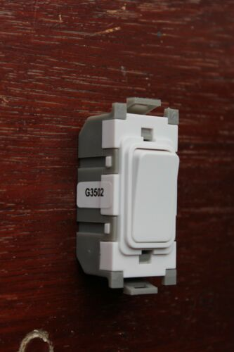 DETA G3502 Grid Module 10A 10AX 2 way light switch white unlettered