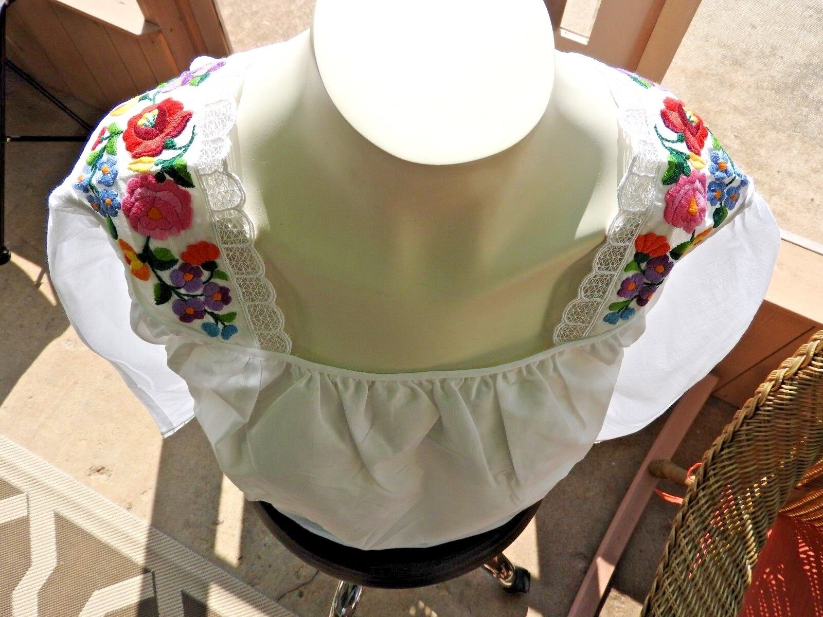 80s Blouse Embroidery Hungarian German Bohemian T… - image 2