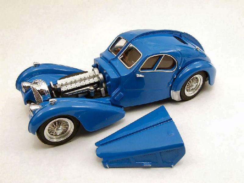 Bugatti 57 SC Atlantic 1938 azul 1 43 Model rio4249 río