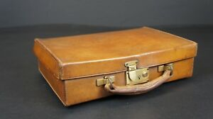 Stunning-Antique-Small-Tan-Leather-Case-by-Boswell
