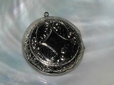Estate Etched Silvertone Round Circle Locket Pendant – AS-IS needs jump ring –