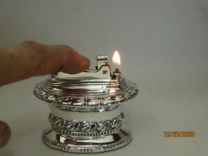 Vintage-Ronson-Waldorf-Silver-Plated-Table-Lighter