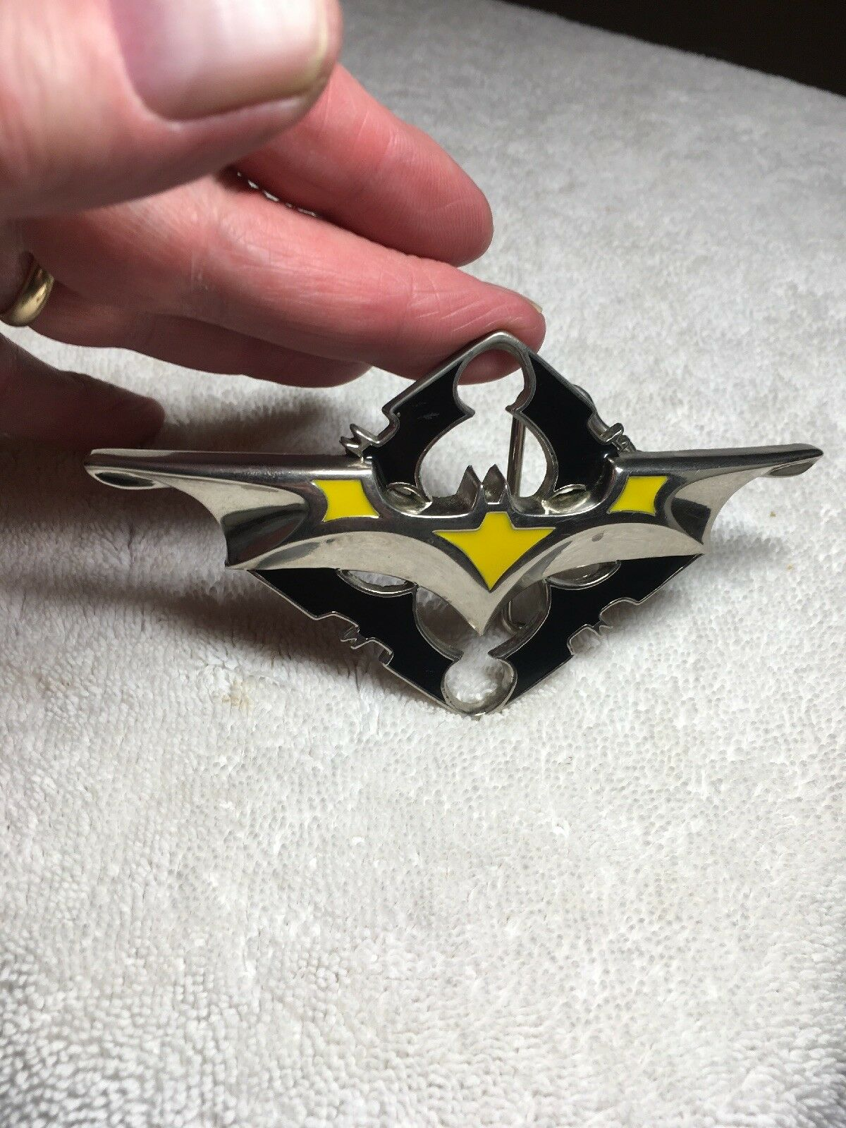 ~BATMAN BATARANG ~ blk ylw chr METAL BELT BUCKLE ~ TM 806 & DCComics. GTO Design