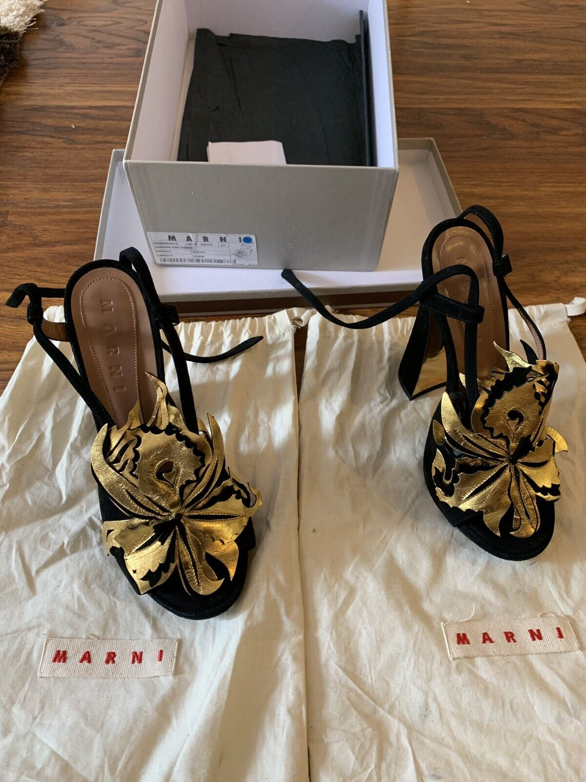 Marni  Suede sandals Size 37.