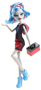 Monster-High-Ghoulia-Yelps-SCARIS-Monsterstadt-der-Mode-OVP-Y0394