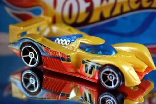 2011 Hot Wheels #10 New Models 24 Ours
