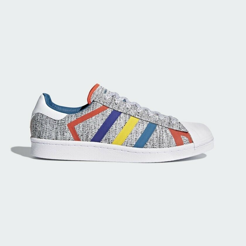 Men's adidas Superstar White Mountaineering shoes - Grey - AQ0352