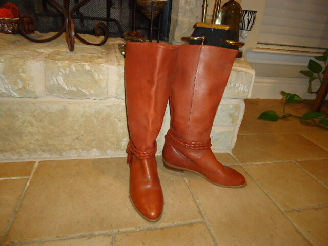 WOMEN'S LEATHER RIDING BOOTS NWOT VERY NICE BOOTS PURCHASED AT NEIMAN MARCUS