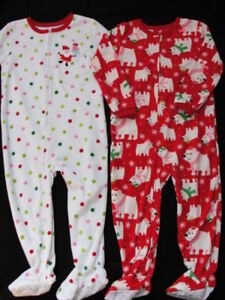 004c2cfb8 NWT Girls Carters Fleece Pajamas Size 4T Christmas Pjs Footed 2 Pair ...