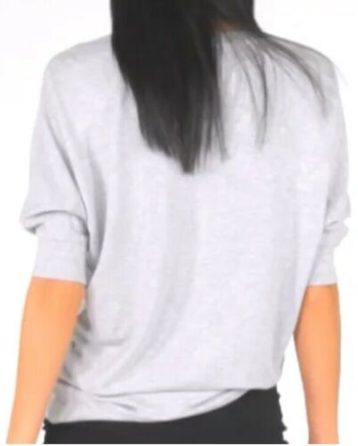 dolman sleeves with a loose fit Size M NEW Cabi 2019 Spring Center Tee