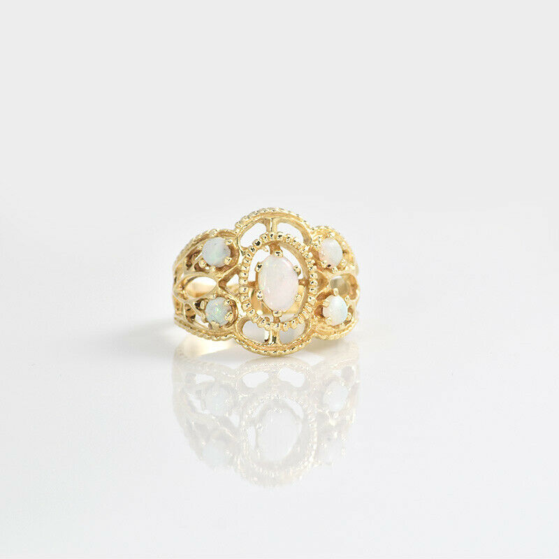 14k Yellow gold Round & Oval Opals Ring