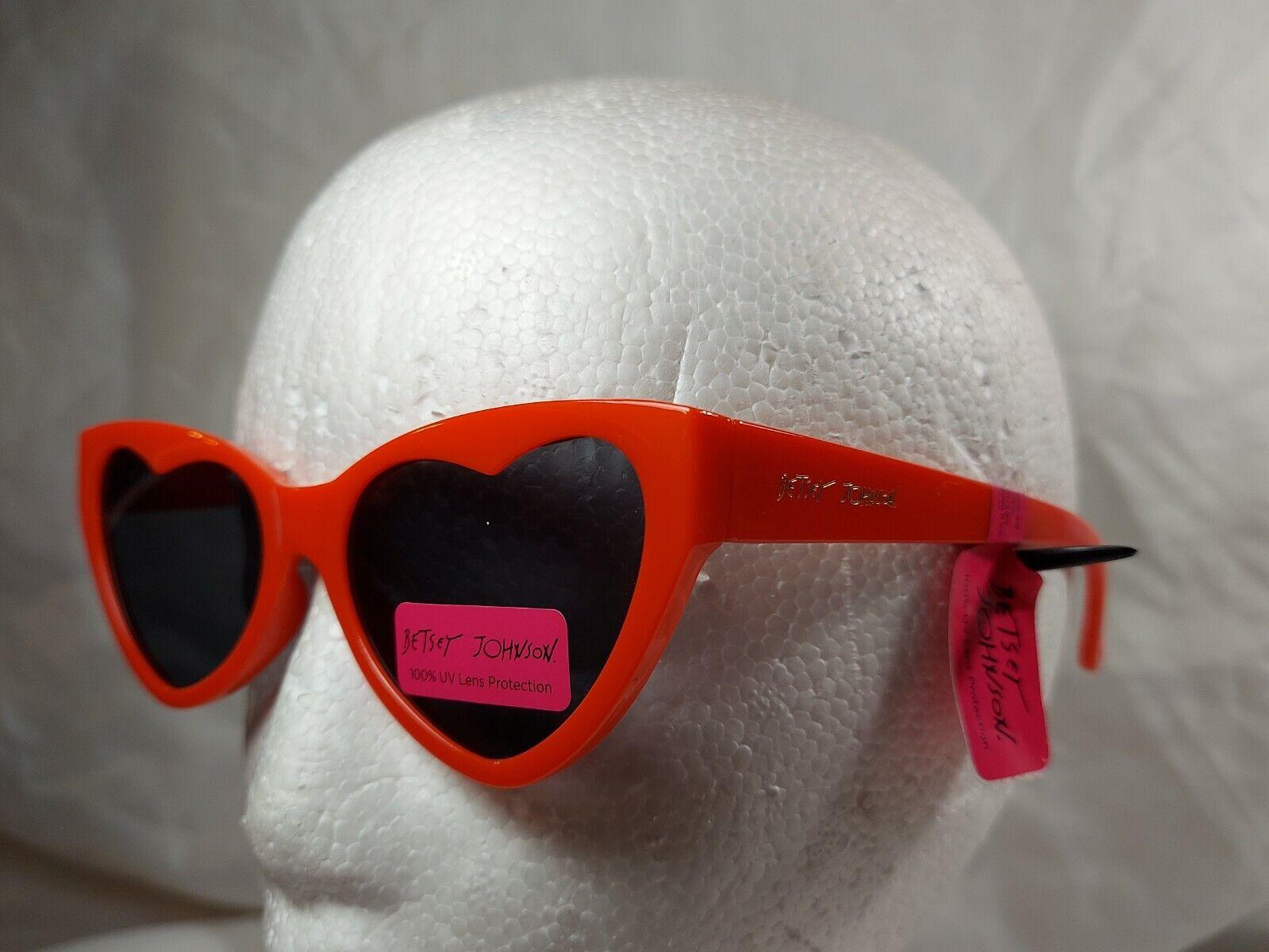NWT Betsey Johnson Red Heart Sunglasses