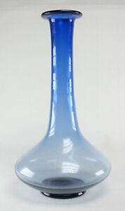 70er-Glas-Langhalsvase-Zweigvase-blau-skandinavischer-Stil-space-age-glass-blue