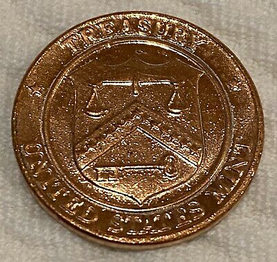 United States Mint Treasury Uncirculated Philadelphia /& Denver Penny Tokens