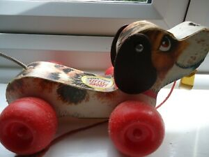 Vintage-Fisher-Price-Little-Snoopy-Dog-693-1965-Pull-Along-Toy-Dog-Wooden