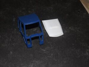 REPRODUCTION-BRITAINS-1-32-FORD-7710-TW-20-CAB-amp-ROOF