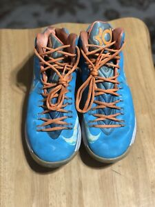 c08fd237d83 Nike KD 5 Easter Size 9.5 good condition doesn t come with box.