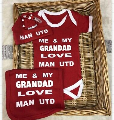 Man Utd  Football Babygrow bodysuit bib hat FREE dummy clip set Red Soccer Team
