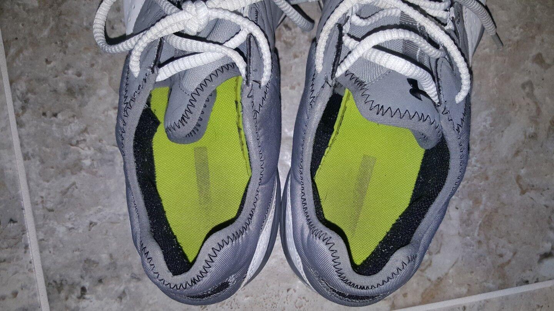 SWEET UNDER ARMOUR ARMOUR ARMOUR HEATGEAR RUNNING scarpe uomo US12.5 UK11.5 ONLY ONE ON EBAY   5b9488