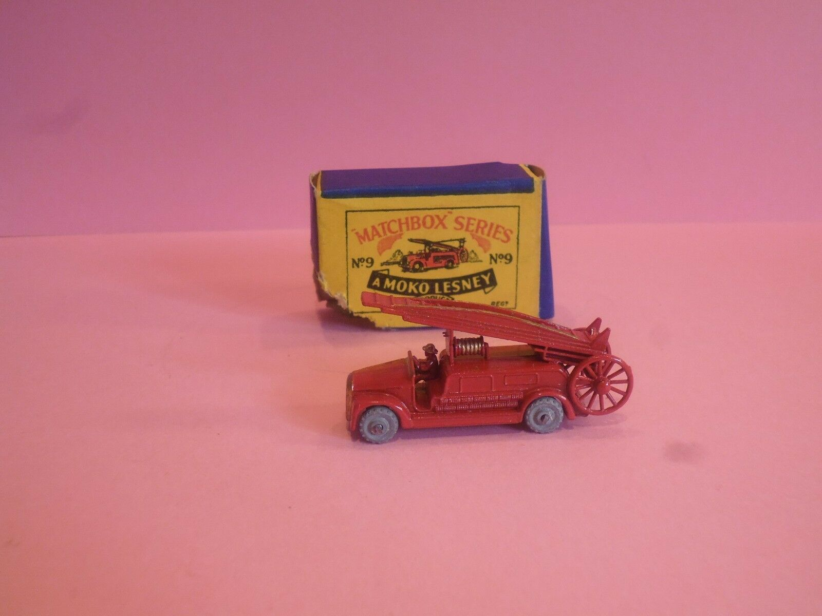 MATCHBOX LESNEY MOKO DENNIS FIRE ENGINE WITH LADDER NO. 9  ORIGINAL AND BOXED
