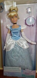 Disney-Store-Princess-Cinderella-classic-doll-with-ring-11-1-2-034-tall
